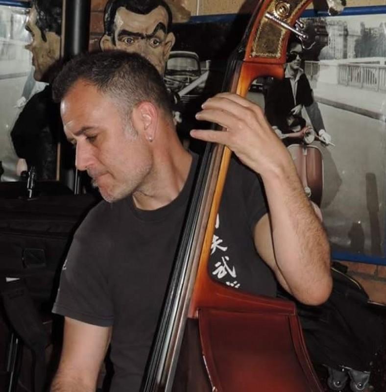 jackalope musicos contrabajista rock & roll barcelona
