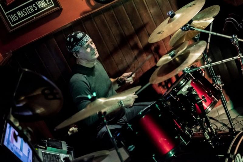 therun17 musicos baterista pop/rock vitoria-gasteiz
