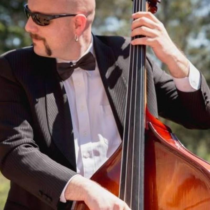 zervio musicos contrabajista jazz malgrat de mar